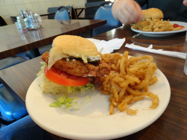 Iowa Tenderloin Sandwich -- no frills, no decor in sight -- Come to Mama, Darlin'...